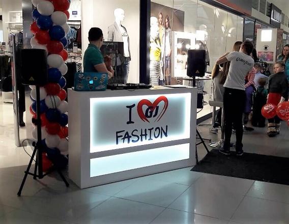Fashion - изготовление выставочных стендов в Самаре и Новосибирске